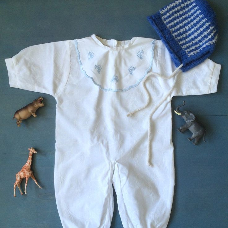 Oh boy💙 Vintage baby boy outfit from ElleBelleVin.