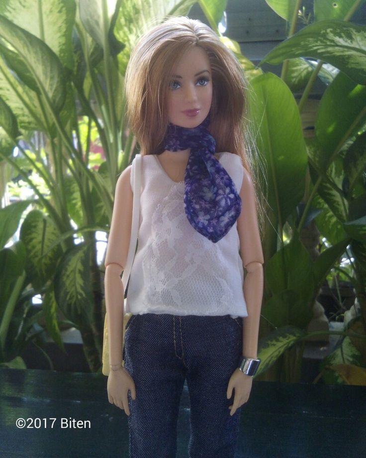 Barbie Tris casual.