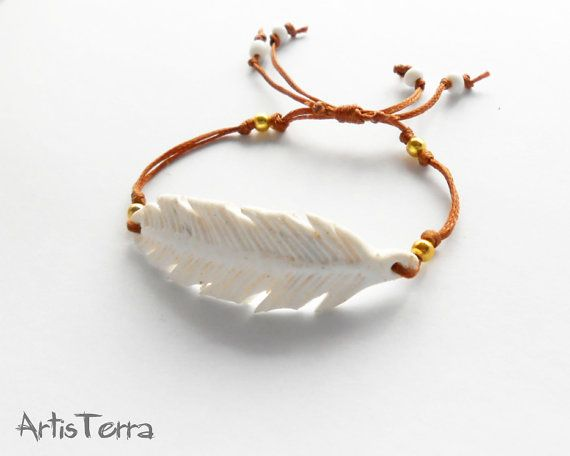 White Feather Bracelet Minimalistic Polymer by ArtisTerraBoutique