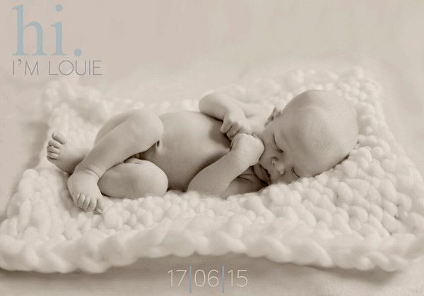 Celebrate & cherish the birth of your wee miracle with a newborn photo session.