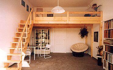 Bild 01: Hochbett / Hochetage mit Treppe