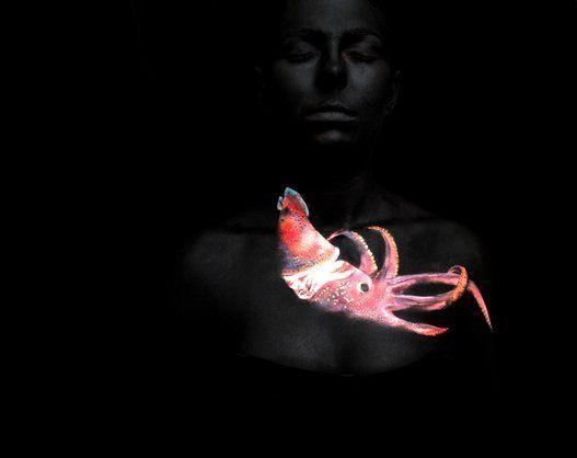 No es solo pintura corporal del mar: es solidaridad con los océanos (FOTOS)