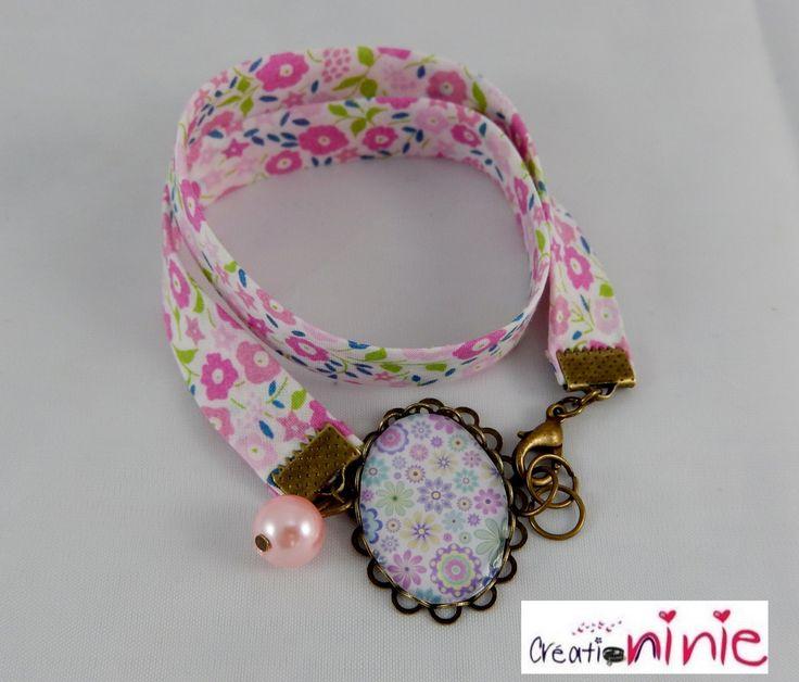 Bracelet liberty cabochon rétro vintage fleurs pastels