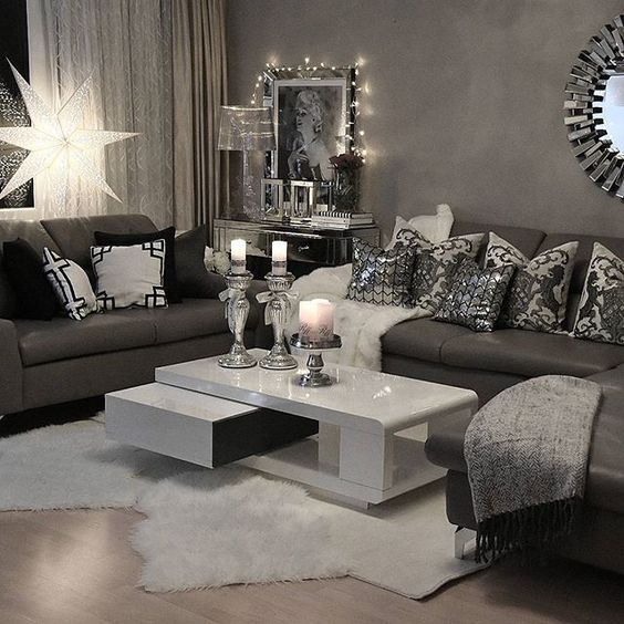 Get inspiration for your work in progress: a new home decor project! Find out the best living room ideas for your interior design project at  http://www.maisonvalentina.net/