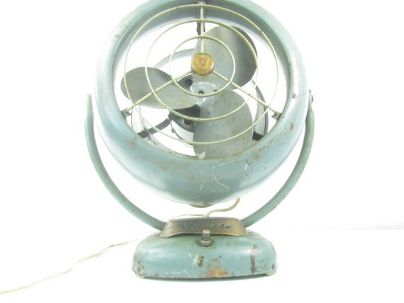 This is an awesome Vornado fan and it works great! Looks great for an industrial, loft decor.or use for a photo prop. Vintage patina, really