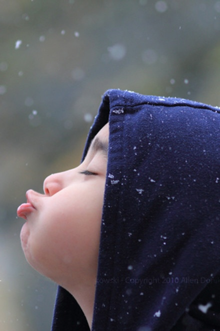 : A Kiss, Cute Baby, Baby Baby, Catch Snowflakes, Baby Boys, Cute Kids, Children, Baby Girls, Photo