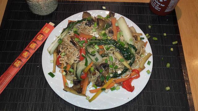 Plant Based Gathering: Pad thai noodles