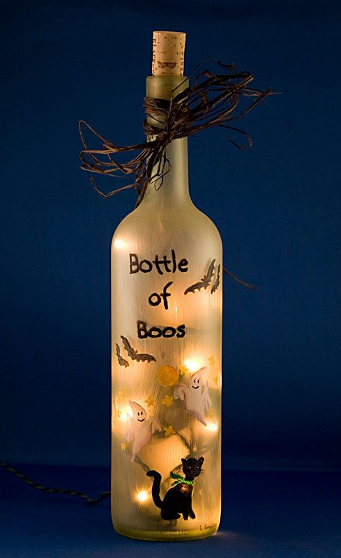 : Halloween Parties, Halloween Decor, Crafts Ideas, Night Lights, Cute Halloween, Halloween Crafts, Wine Bottle, Halloween Ideas, Black Cat