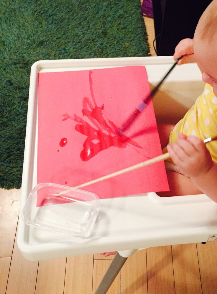 Painting with water, 20 activities for 12-18 months old, 20 play ideas for toddlers