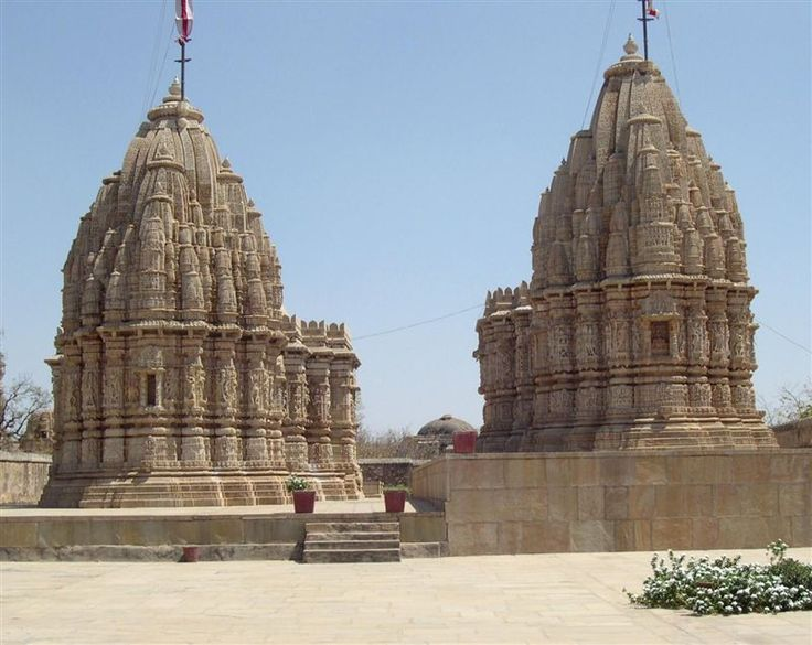 Amazing jain temples in india. Read more at: http://10travelspots.com/amazing-jain-temples-in-india/