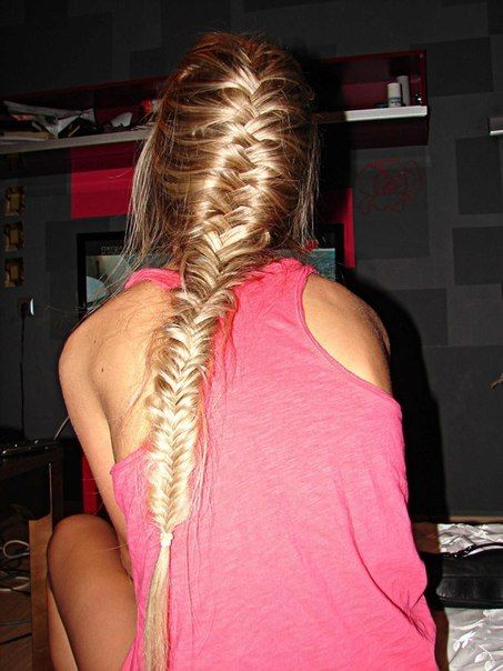 french mermaid braid!  I need to try this with Gaby's long hair (: So pretty