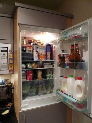 Mă declar frigocentristă convinsă. Adică frigiderul este centrul universului meu