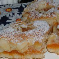 Snadný meruňkový koláč recept - Vareni.cz
