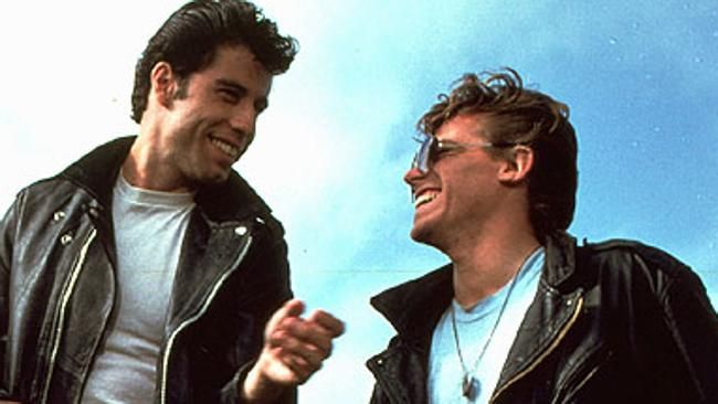 Dany (John Travolta) is the hero of Grease movie He is leader. Description from sacyzen.29755.com. I searched for this on bing.com/images