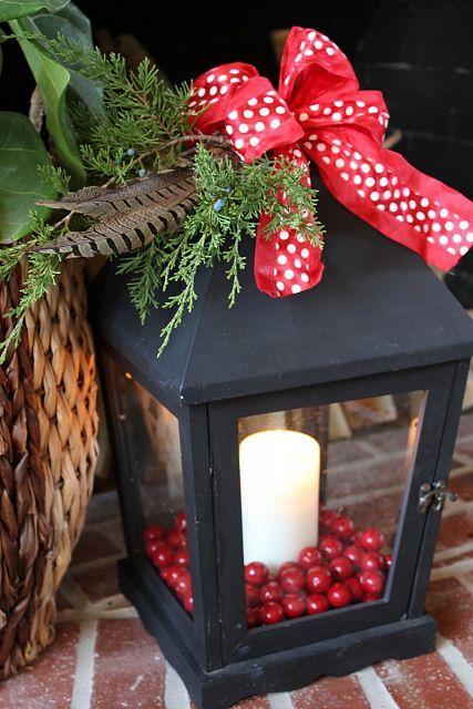 Hometalk :: Christmas Lantern Decoration Ideas