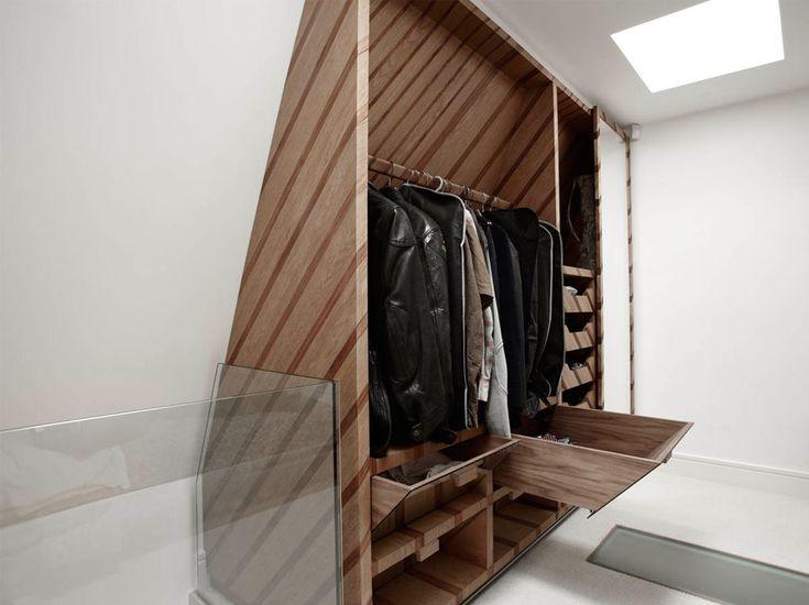 Geen loze ruimte meer met deze ingebouwde kast Roomed | roomed.nl