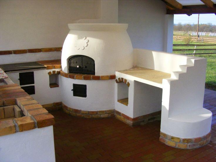 Cserépkályha, népi csempekályha, kandalló, kemence, kerti konyha tervezése, építése. Elkészült kályhák bemutatása.