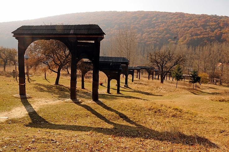 Erdélyi székelykapuk / Erdélyi-Transylvanian szekler gates, Eastern-Carpathians