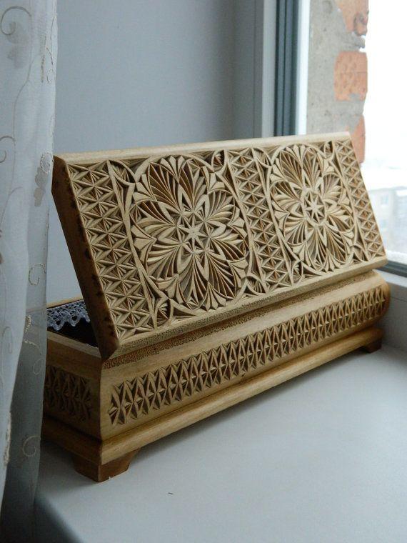 """Vintage Lace"" hand carved wooden box by Tatiana Baldina"