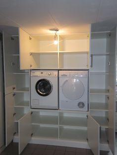 Wasmachine kast op maat gemaakt.