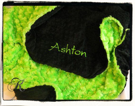 Minky Blanket  Personalized baby blanket  black by KnuffelStuff