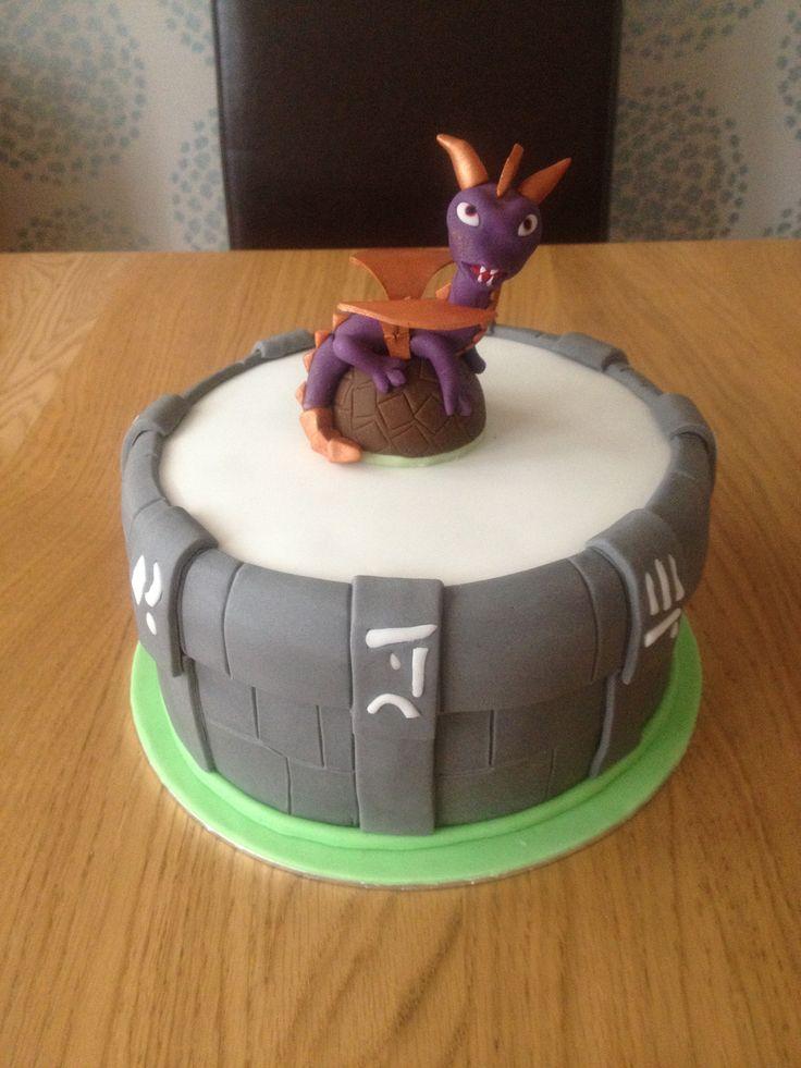 Skylanders 'spiro' birthday cake . Sat on his very own portal   Cake, Celebration cakes, Cake pops