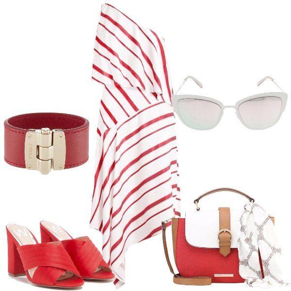 Vestito asimmetrico a righe bianche e rosse, abbinato a sabot in tessuto, rosso e borsa a tracolla bianca e rossa con foulard bianco annodato. Bracciale in pelle rossa e metallo dorato e infine occhiali da sole bianchi.