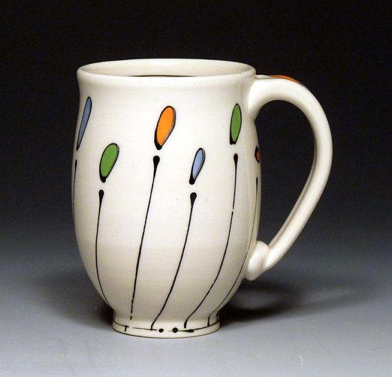Mug Curvy by Free Ceramics