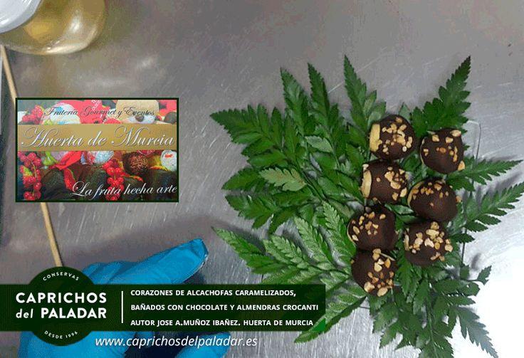 """¡ las aplicaciones culinarias de nuestras alcachofas no tienen fin !  CORAZONES DE ALCACHOFAS CARAMELIZADOS, BAÑADOS EN CHOCOLATE CON ALMENDRA CROCANTI. Receta de José Antonio Muñoz Ibañez de la Frutería Gourmet """"Huerta de Murcia"""" www.lahuertademurcia.es  tel 968210771"""