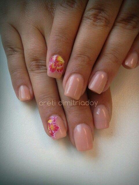 #acrylicnails #nails #essentialcare #portorafti