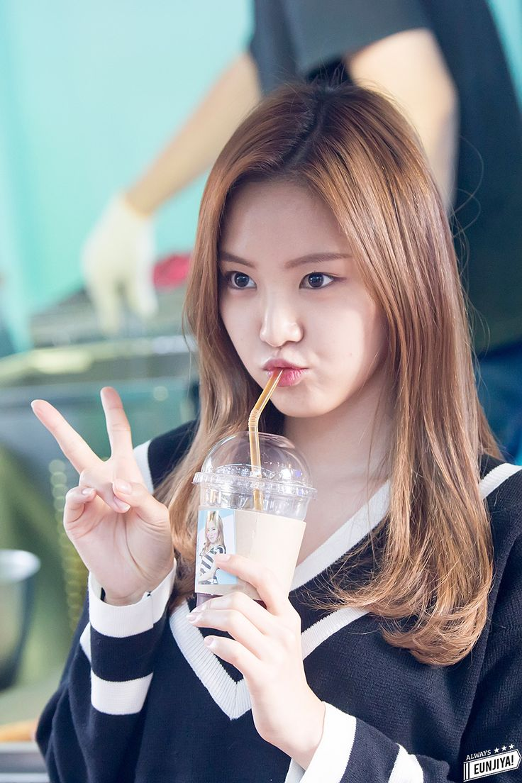 Beautiful Korean Girl Hd Wallpaper Naeun Visual Apink Naeun Apink Naeun Kpop Korean Girl