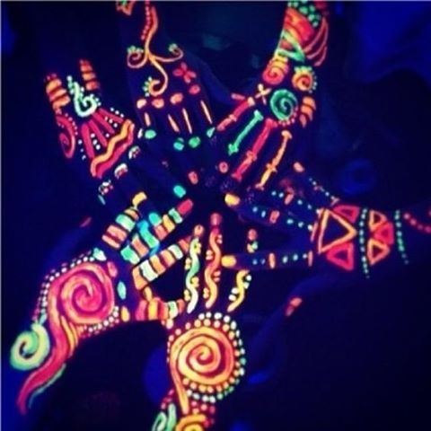 Want to stand out and amaze this festival season? Get your hands on Festival Gear's glow body paint while it's hot! #neon #coachella
