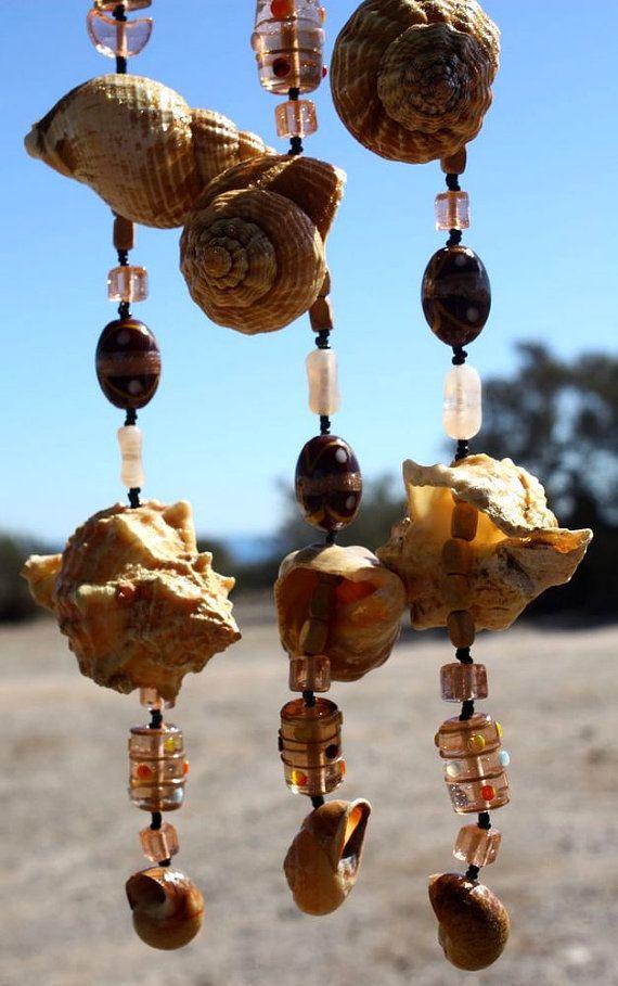 Handgemachte braune Wellhornschnecke Muschel von Samsimillia