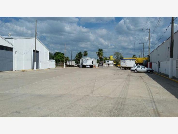 Bodega en renta Ciudad Industrial,  700 m2 en Ciudad Industrial, oficinas de 35 m2, 2 baños, estacionamiento, patio de maniobras, acceso para trailers las 24 horas, $30,000 *MX17-DJ4150*