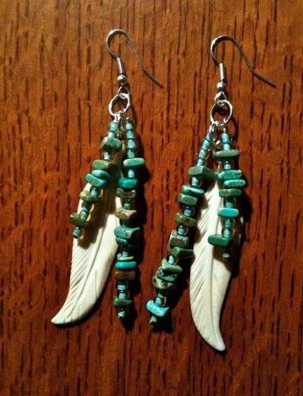 Bone, Turquoise and glass bead earrings: Glass Jewelry, Bead Earrings, Jewelry Inspirations, Jewellery Inspiration, Beaded Earrings, Glass Beads, Beading Simple Earrings