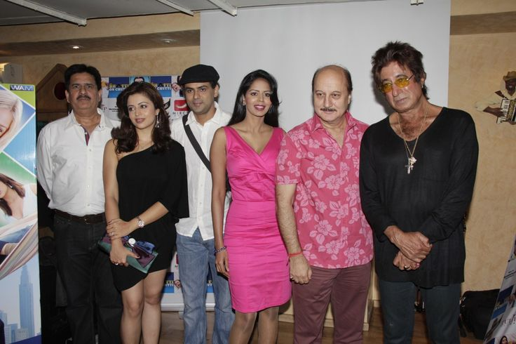 Bhairavi Goswami Anupam Kher Neha Pendse Shakti Kapoor Pawan Shankar at the music launch of film Mr BHATTI ON CHUTTI
