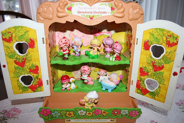80's   strawberry shortcake toys | ... 26 2009 tags vintage toys strawberry shortcake 1980 s groups appears