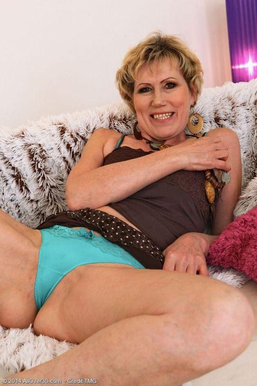 Pin On Mature Women Seeking Men-5964