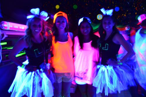 Best 25 Glow Party Outfit Ideas On Pinterest Galaxy