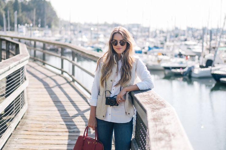 Gal Meets Glam Bainbridge Island -Barbour vest, Sézane shirt, J.Crew jeans, Prada bag nd Ray Ban sunglasses