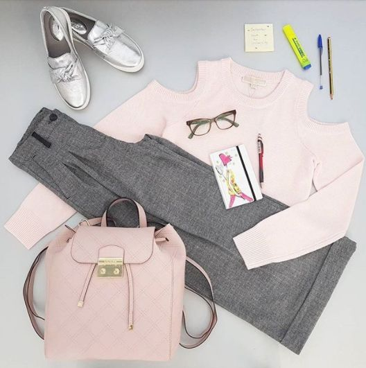 #BackToBOOKS #september 📚👓#leaeflo #fashion #style #university #beautiful #instafashion #pink  #friday #shoes #ootd #shopping #weekend M_ICHAEL KORS, GUESS, FRACOMINA