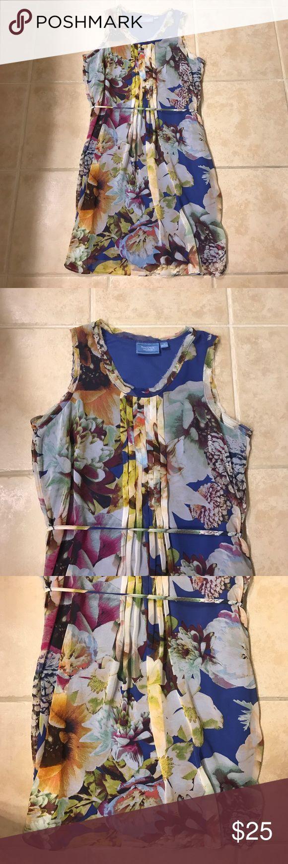 Simply Vera Vera Wang floral dress size M Simply Vera Vera Wang floral dress size M Simply Vera Vera Wang Dresses