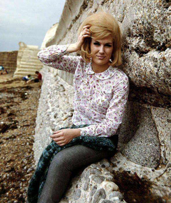 1965, British singer Dusty Springfield | English pop singer Dusty ...