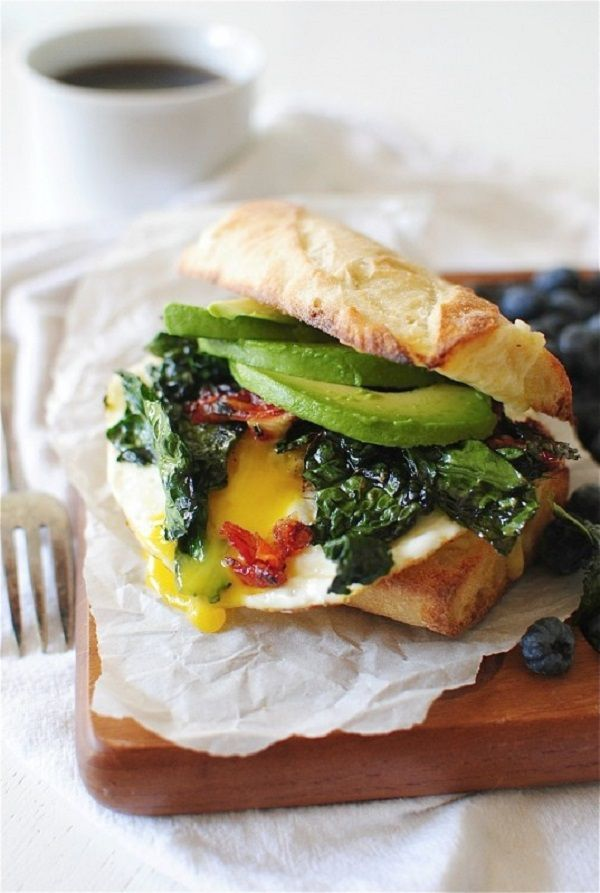 Cheese toasted bread, filled with sauteed spinach, egg and salted avocado