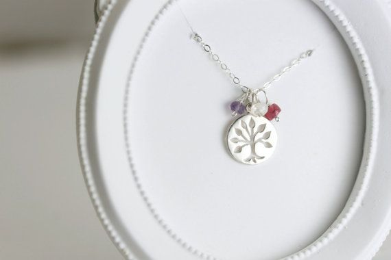 Say thanks to Mom or Grandma for all they do by giving them the Family Tree Necklace for Mother's Day, a birthday, the winter holiday season or any other occasion! Great personalized mom gift.