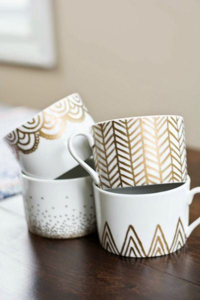 DIY gold sharpie mugs