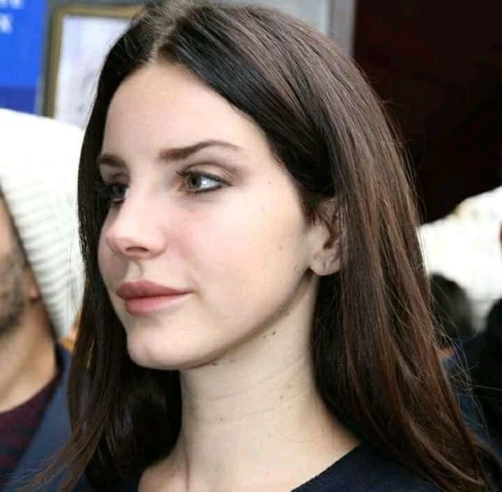 Lana Del Rey Closeup Makeup Brown Eyeshadow Dark Brown Hair Paradise Era Lana Del Rey Lana Del Ray Lana Del