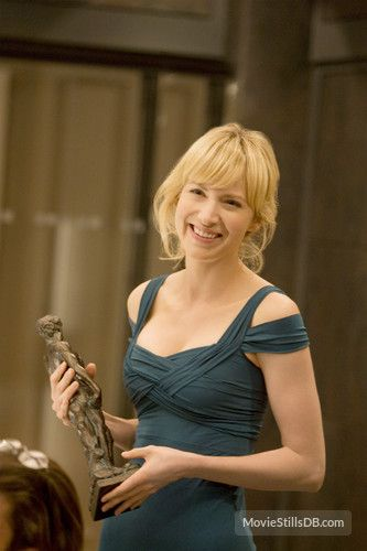 Leverage - Publicity still of Beth Riesgraf