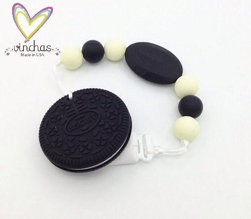 Silicone Teething pacifier clip Biscuit, clips silicone, Teething Pacifier Clip, Pacifier Clip, Free Shipping, Biscuit Teether clip de VinchasUsa en Etsy