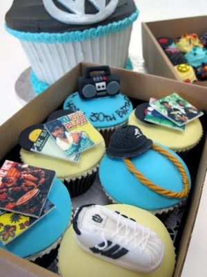 Hip-Hop Cupcakes! lol. So cool. I especially love the albums and the hat (looks like those felt ones) with the gold link chain!